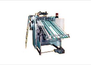 ガラス繊維シート供給作業の自動化例